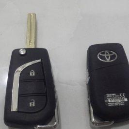 Làm Chìa Khóa  Innova Toyota  Yaris  Fortuner Vios  Camry