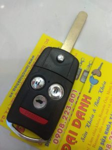 làm chìa khóa xe accura