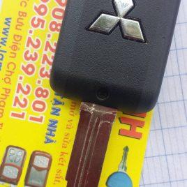 Chìa Khóa Điều Khiển Mishubishi Attrage – Chìa Khóa Remote 2 Nút
