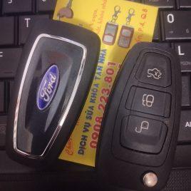 Chìa Khóa Ford Tourneo – Chìa Khóa Remote 3 Nút Xe Ford