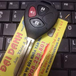 Chìa Khóa Remote Toyota Innova – Fortuner – Vios – 2 Nút 3 Nút