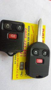Chìa Khóa Remote Xe Ford Escape - Chìa Khóa Remote Gập