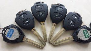 Chìa Khóa Remote Toyota Innova