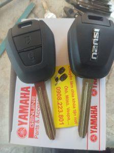 chìa khóa remote isuzu dmax