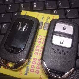 Làm Chìa Khóa Thông Minh Honda Crv – Chìa Khóa Smartkey 2 Nút
