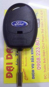 chìa khóa remote ford transit